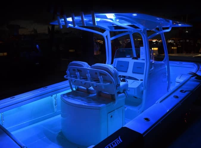 blue spreader light on boat